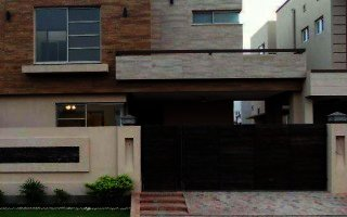1 Kanal Upper Portion For Rent In Bahria Town, Lahore