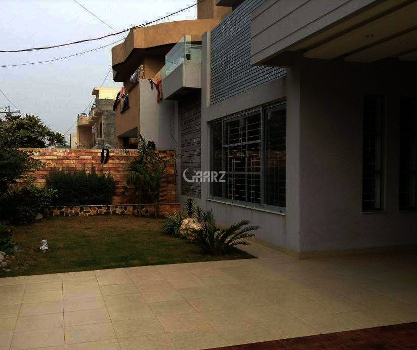 1 Kanal Upper Protion House For Rent In Garden Town, Lahore.