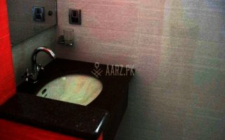 1 Marla Furnished Room For Rent In Iqbal Town Lahore.