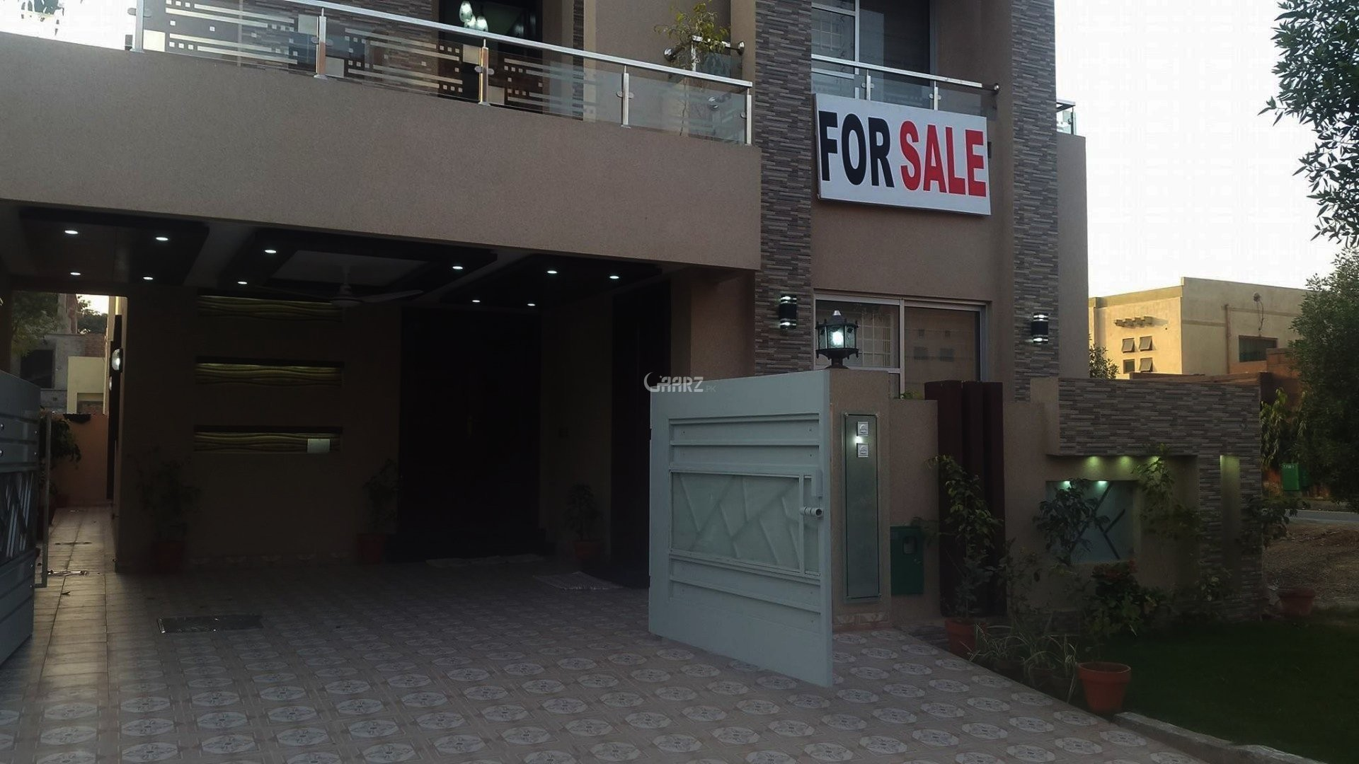 10 Marla House For Sale In Eden City, Lahore