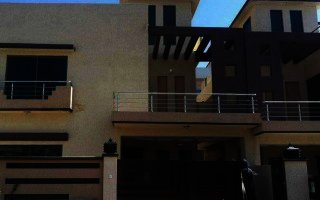 10 Marla House For Rent In DHA Phase-6, Lahore