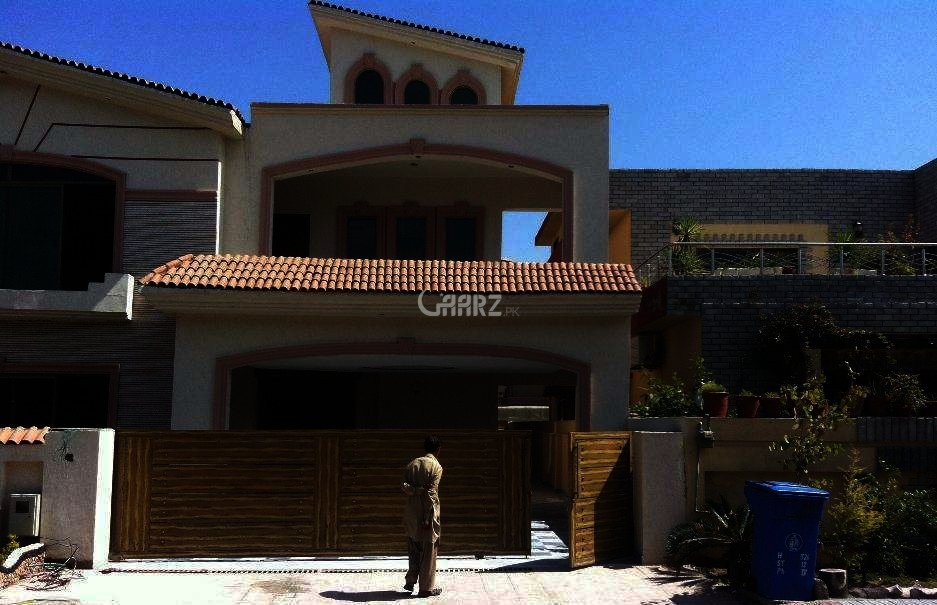 10 Marla House For Sale In DHA Phase-3, Lahore