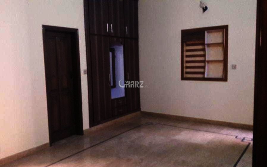 10 Marla Ground Portion House For Rent In Gulshan-e-iqbal, Karachi.