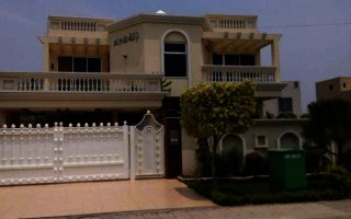 10 Marla House For Rent In  Bahria  Gulbahar Block lahore