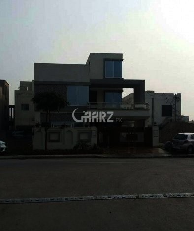 10 Marla House For Rent In Bahria Town Nargis Block, Lahore