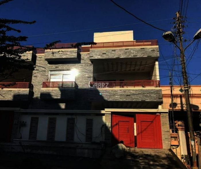 10 Marla House For Rent In Eden Avenue Ext, Lahore