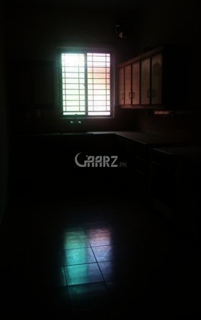 10 Marla House For Rent In Overseas-B Bahria Town, Lahore