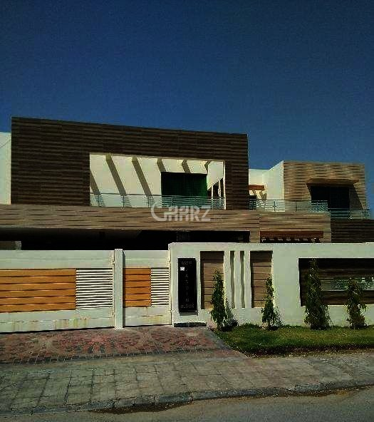 10 Marla House For Sale In Bahira Town, Lahore