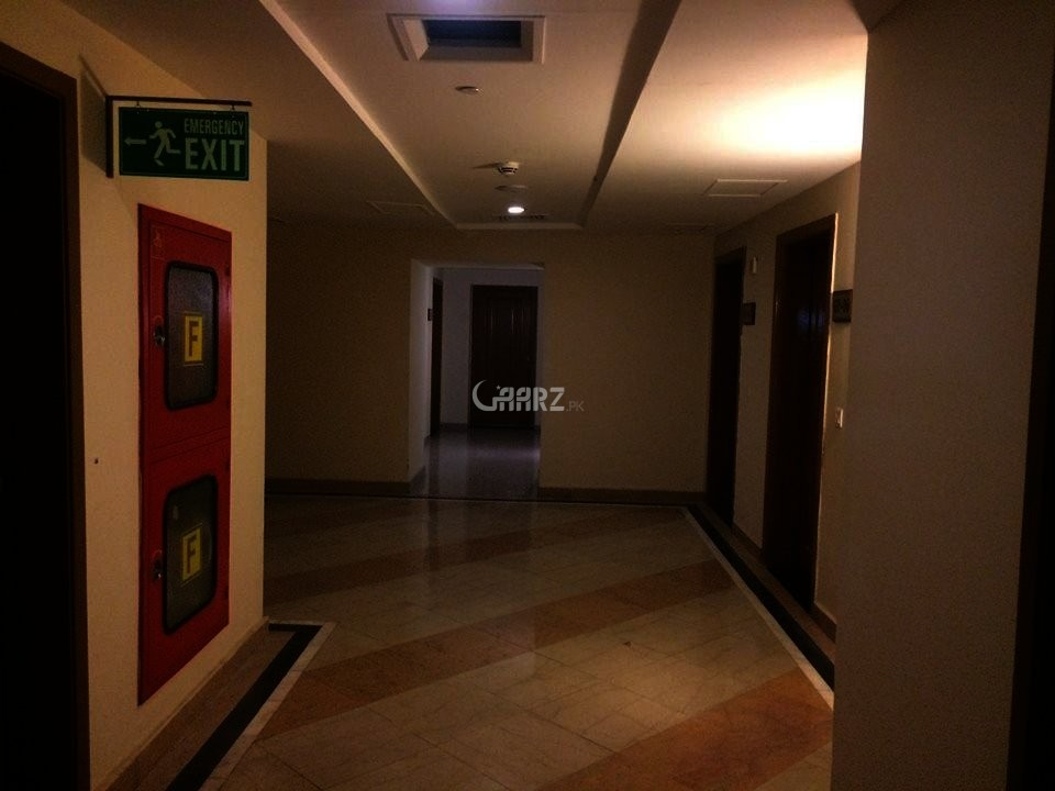 10 Marla House For Sale In Bahria Town, Lahore