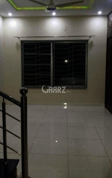 10 Marla House For Sale In College Road, Lahore