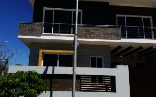 10 Marla  House for Sale  in E 11/2, Islamabad.