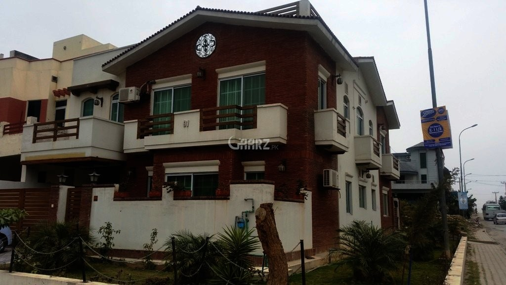 10 Marla House For Sale In E-11/2, Islamabad