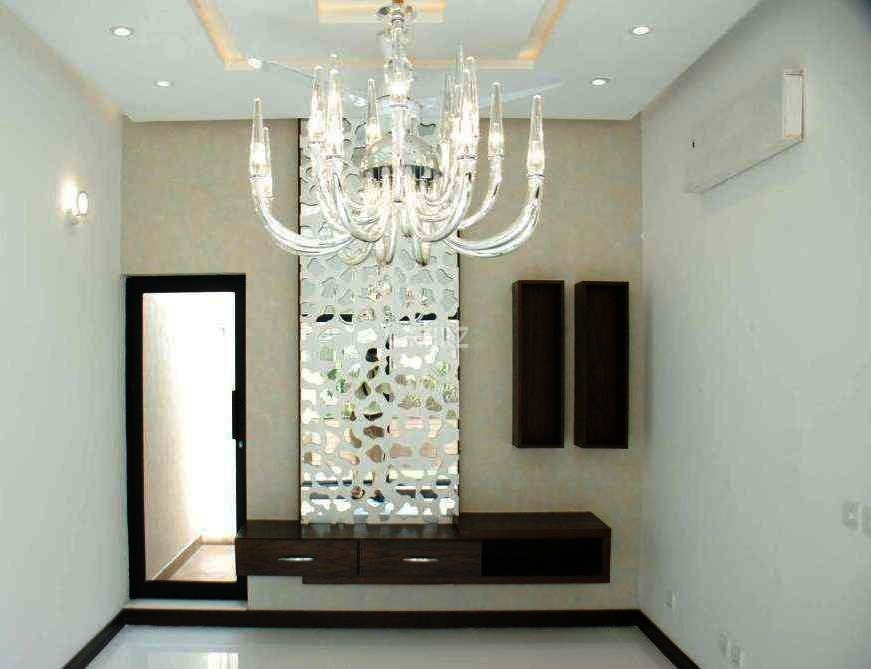 10 Marla House For Sale In Valencia Town, Lahore.