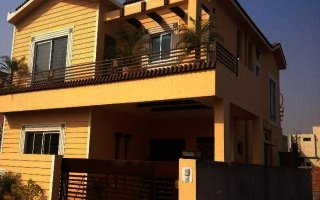 10 Marla Lower Portion For Rent In Raza Block, Lahore