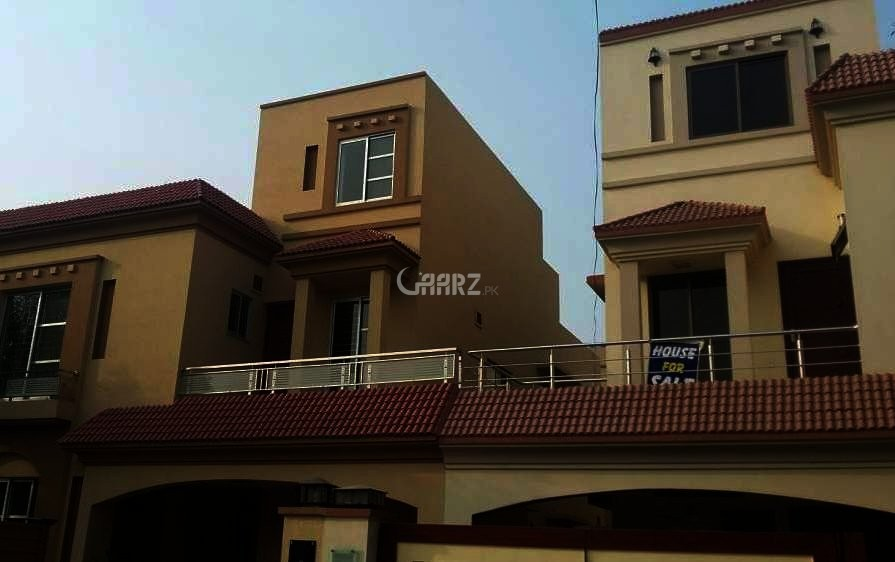 10 Marla Lower Portion House For Rent In  Bahria Town Lahore