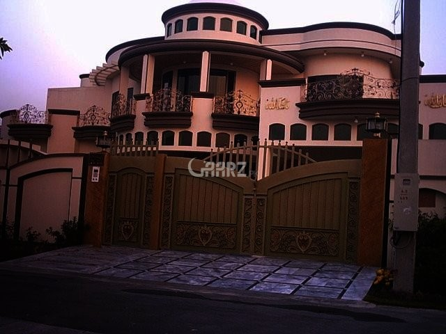 10 Marla Lower Protion For Rent In Wapda Town Lahore