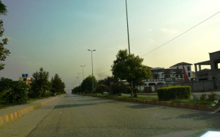 10 Marla Plot for Sale in Lahore Qasim Garden