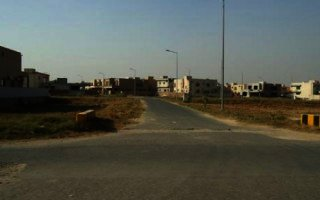 10 Marla Plot In DHA Phase 5, Lahore.