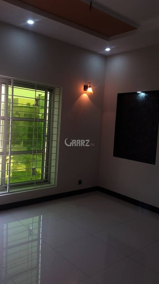 10 Marla Portion Is Available For Rent Hayatabad Phase 7