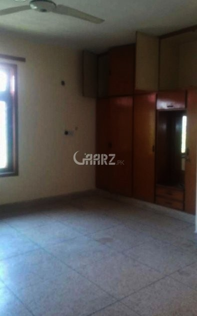10 Marla Upper Portion For Rent In Jasmine Block Bahria Town, Lahore.
