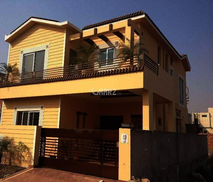 10 Marla House For Rent In Bahria Town , Lahore