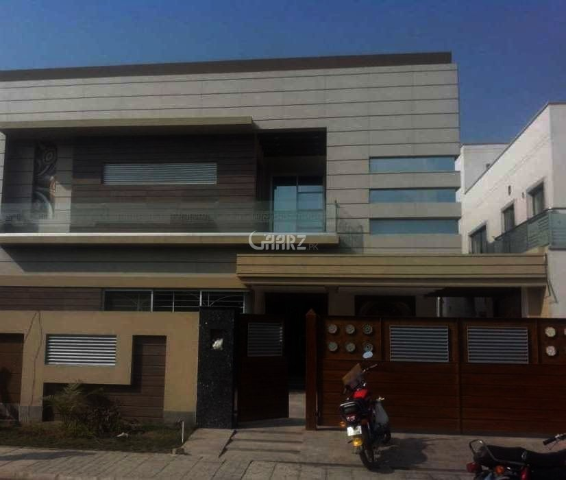 11 Marla House For Sale Bahria Town Lahore.