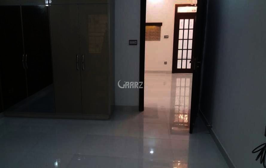 11 Marla Lower Portion For Rent In Bahria Town Sector-B, Lahore.