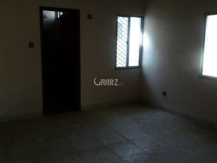 1350 Square Feet Flat For Sale