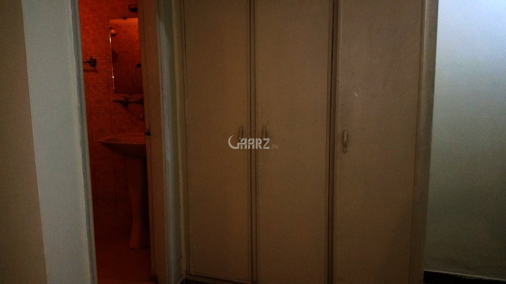 1400 Square Feet Flat for Rent In F-11,Islamabad.