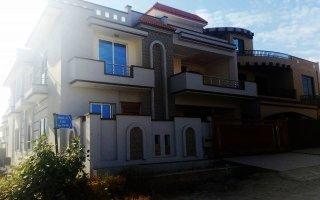 16 Marla Bungalow For Sale in Gulshan-2