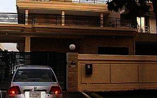 16 Marla House For Rent in Gulshan-e-iqbal