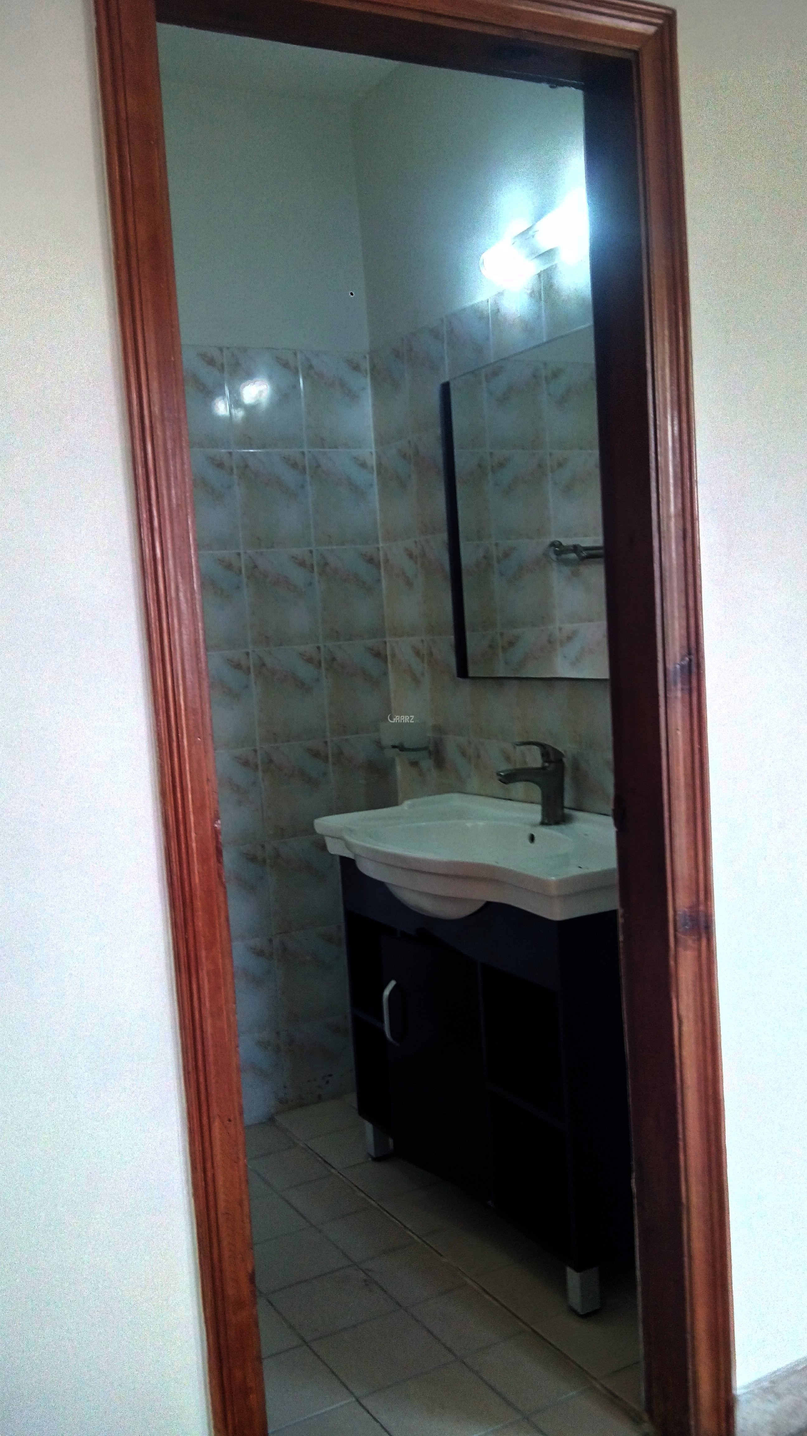 550 Square Feet Apartment For Rent In Amin Town, Rawalpindi