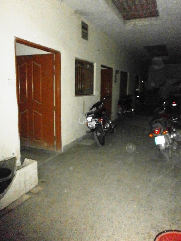 900 Square Feet 2 Bed Apartment For Rent In Ameen Town