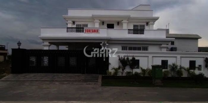 2 Kanal Bungalow For Sale In PECHS, Karachi.