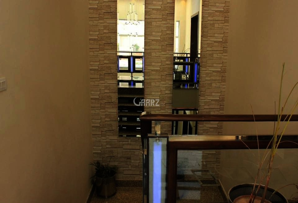 2 Kanal Out Class Brand New Villa Defence Raya, Lahore