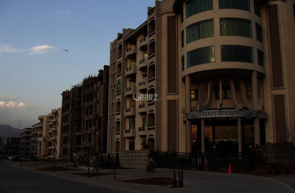 2100 sq ft Flat for Rent In F 11