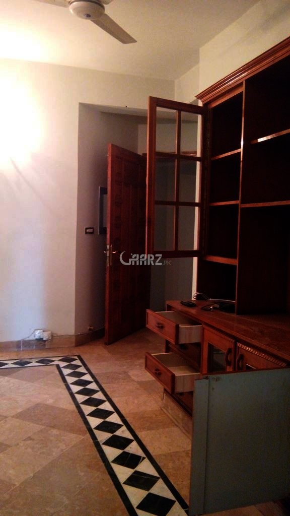 790 Square Feet Apartment For Rent