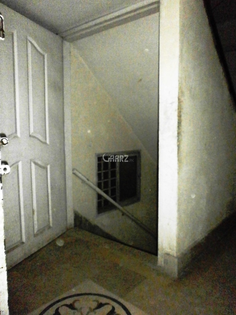 1100 Square Feet 3 Bed Hostel For Rent In Khayaban-e-Sir syed