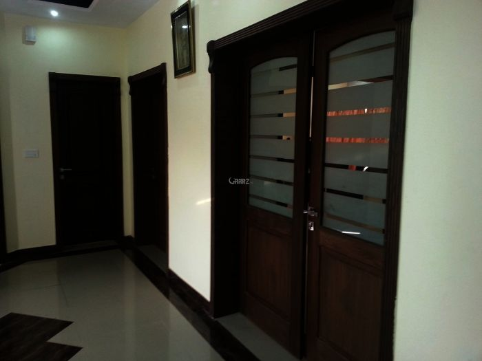 3100 Square Feet Apartment For Rent In Mall of Lahore, Lahore.