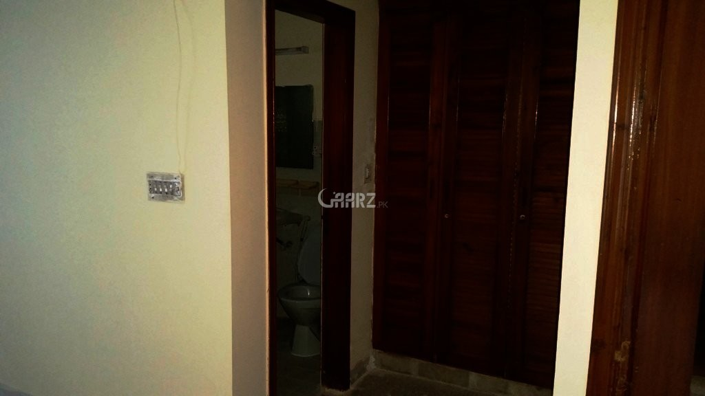 500 sq yd House for Rent in D-12/4, Islamabad.