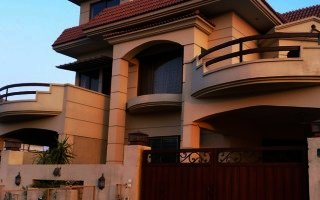 1 Kanal House for Rent in F 10/2 Islamabad