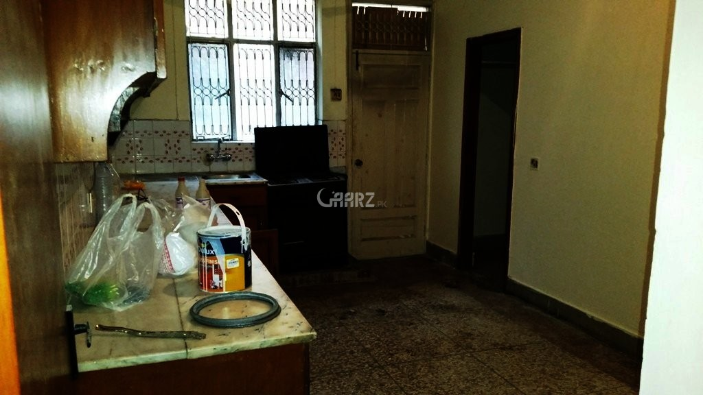 500 sq yd House for Rent in F 11/3, Islamabad.