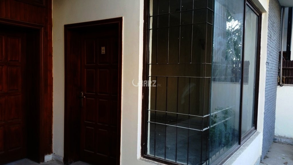 7 Marla House for Rent in F-11/3, Islamabad.