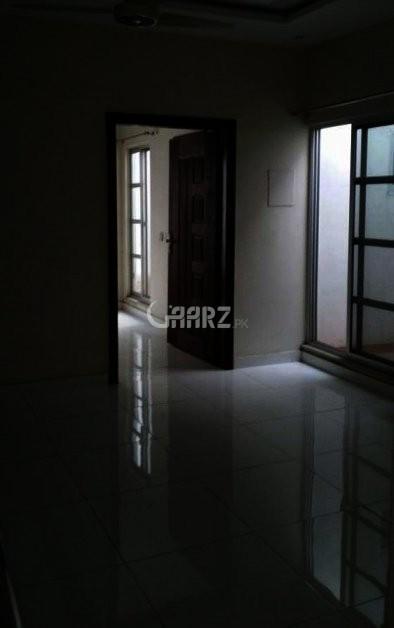 8 Marla Apartment For Sale In Bukhari commercial, Karachi