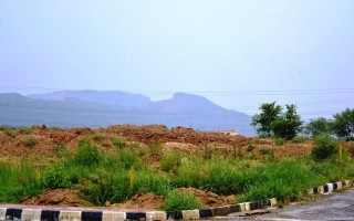 8 Marla Plot for Sale in B-17, Islamabad.