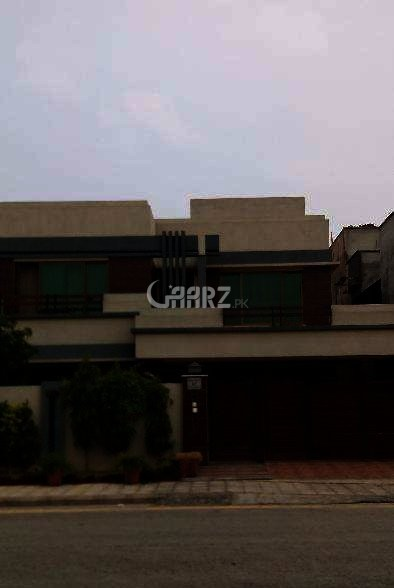 8 Marla Upper Portion For Rent In Bahria Town, Lahore.