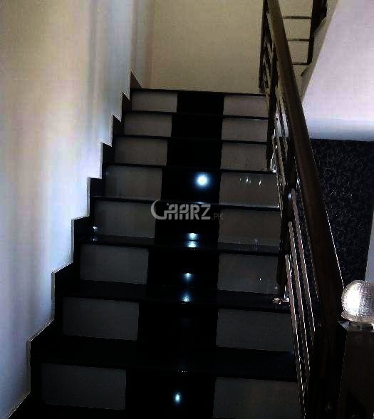 9 Marla House For Sale in Gulshan-e-Lahore, Lahore