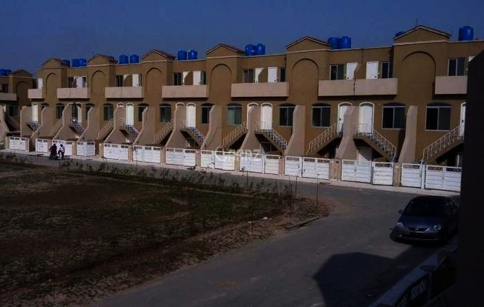 940 Square Feet Apartment For Sale In Eden Abad, Lahore