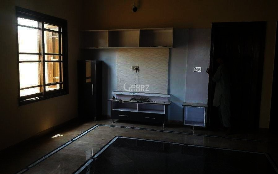975 Square Feet Flat For Sale In PECHS. Karachi.