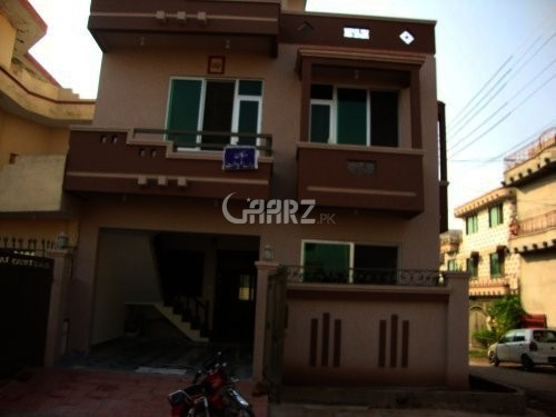 5 Marla House For Sale in Phase 8